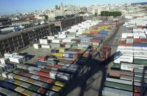 Actividad en el Puerto de Montevideo. Uruguay