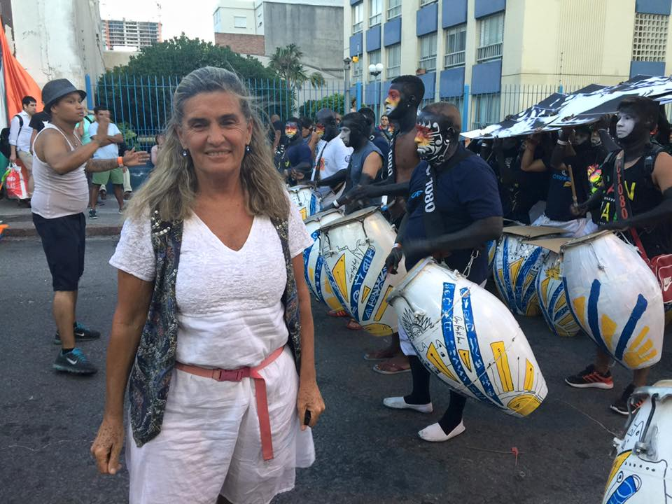 Agó Páez Vilaró con la comparsa Cuareim 1080 ganadora del 1er. Premio en las llamadas del Carnaval