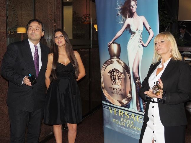 Juan Herrera, imagen dela firma y Boleva de Versace